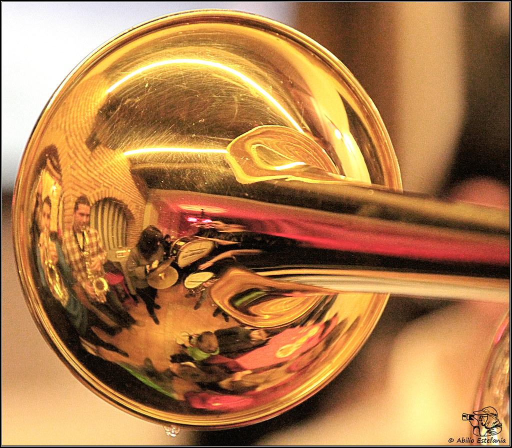Reflejos de trompeta