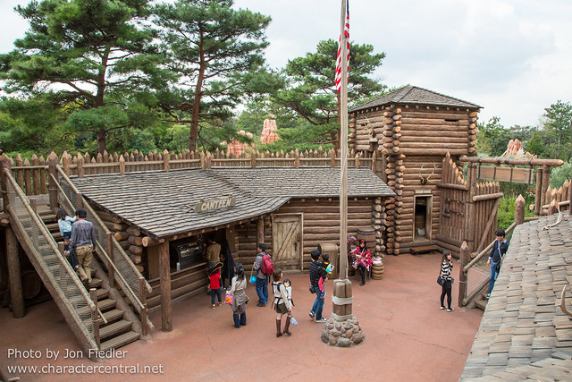TDR Oct 2012 - Exploring Tom Sawyer Island