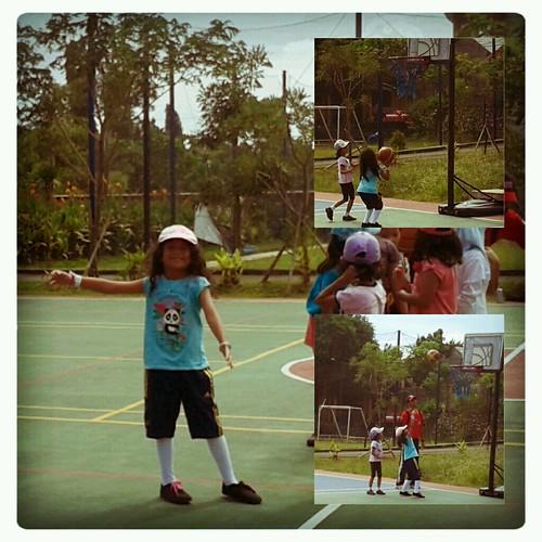 basket n Vanya