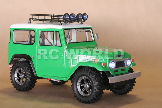 Green fj40 submited images