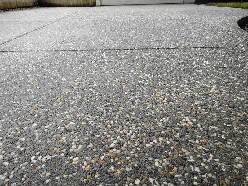 Salt Amp Pepper Exposed Aggregate Driveway Close Up Solano
