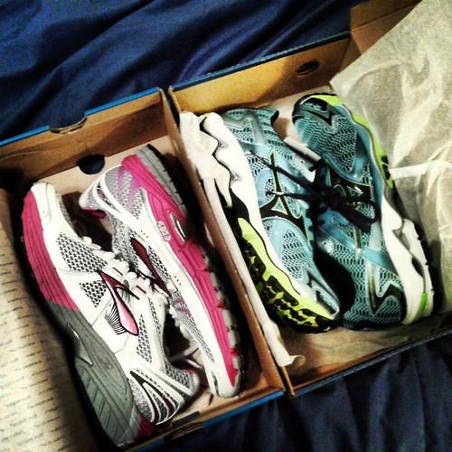 So... Which pair will I wear for my next half marathon? Brooks adrenaline 12 or  Mizuno wave Nirvana 8?