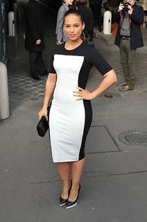 Alicia Keys Monochrome Trend Celebrity Style Women's Fashion