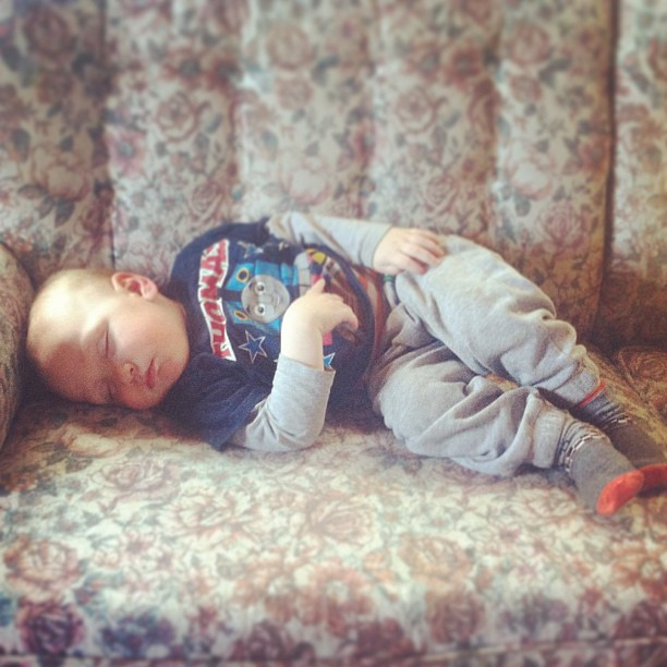 Nothing like a sleeping little nephew.  :) #cmig365apr #socute #dontwakethebaby