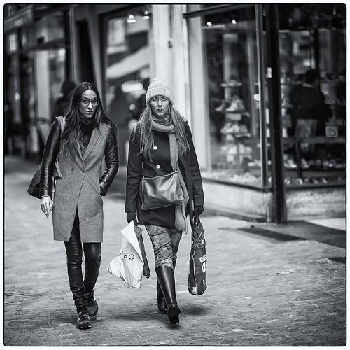 Street Life 3/10