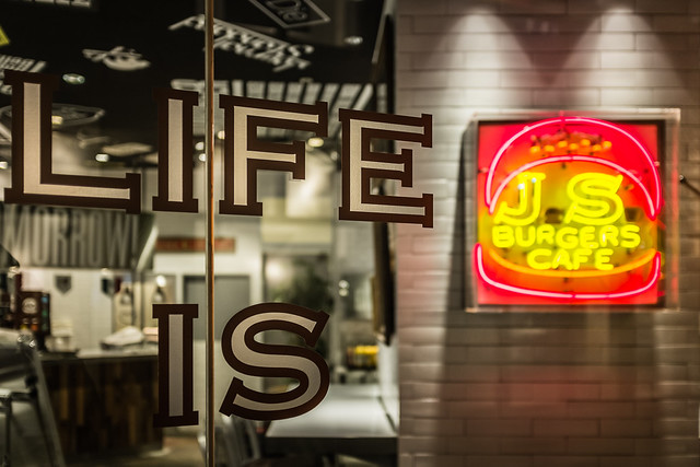 "20130409_01_LIFE IS ""J.S. BURGERS CAFE"""