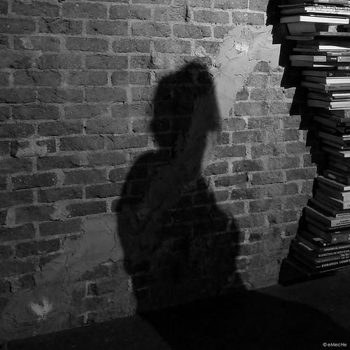 ¿porque nos han robado la ilusión? by eMecHe