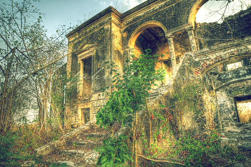 Haunted Hacienda in Cholul, Yucatan, MX