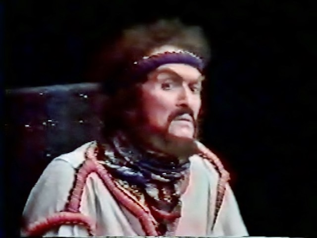 classic theatre international Alexander Barnettt Macbeth tour