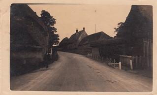 On the way to Wilton (1918)