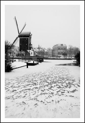 Leiden in de sneeuw by hans van egdom