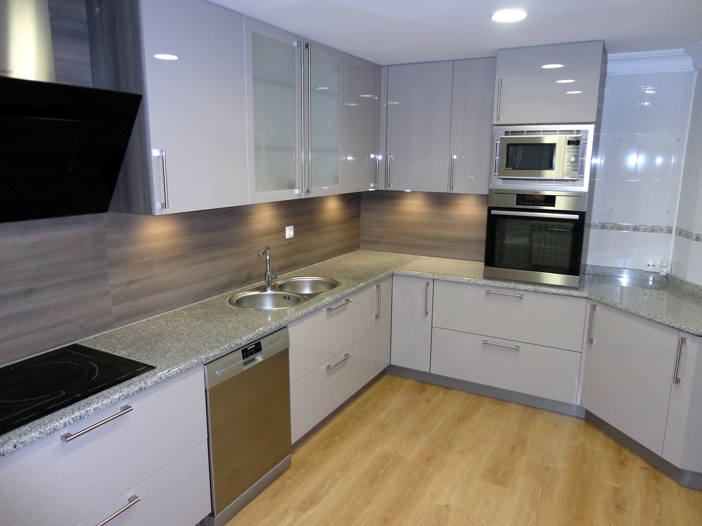 Reformar cocina sin obras fabulous reforma cocina vintage - Cambiar azulejos cocina sin obra ...