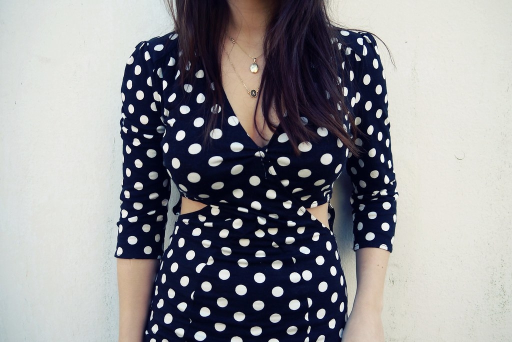 LOVEpolkadotcutoutdress3