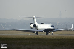 N711SW - 6007 - Private - Gulfstream G650 - 120227 - Luton - Steven Gray - IMG_3025