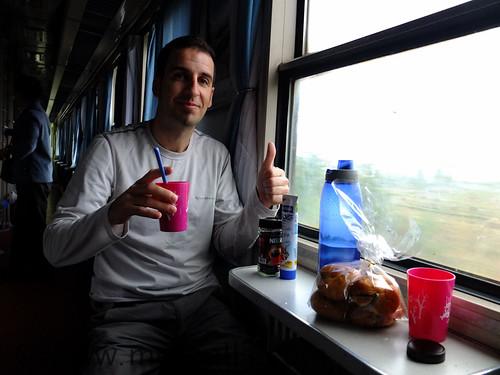 Preparació de cafè en un tren xinès