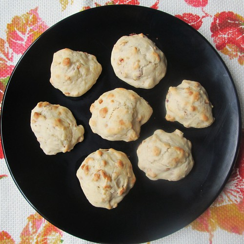 Pb & Banana Scones Plated by SevenDaysBlog