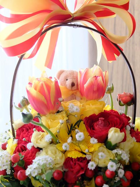 flower gift bear