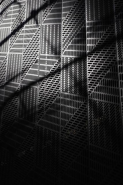 20130320_01_Metal wall
