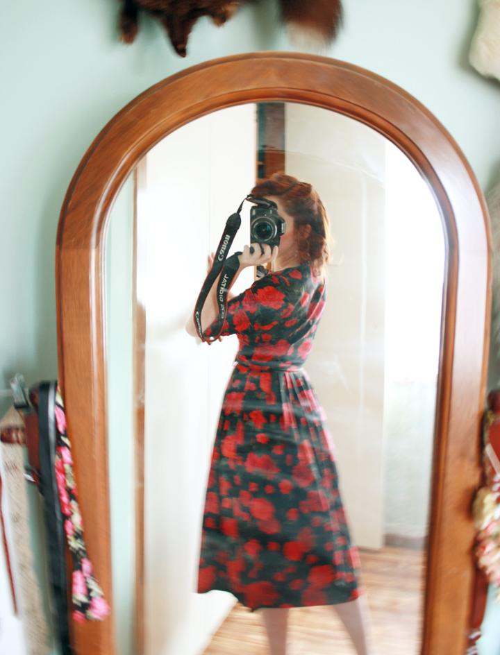 rose dress g