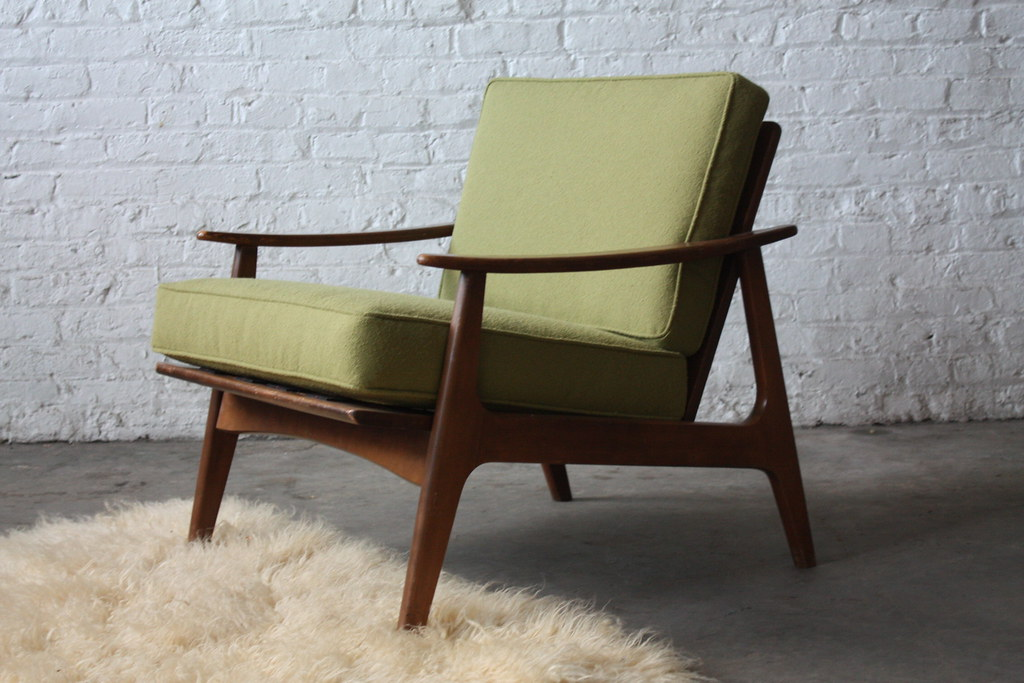 Sharp Danish Mid Century Modern Lounge Chair (U.S.A., 1960s)