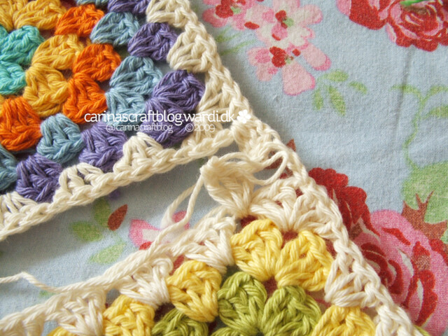 Crochet tutorial: joining granny squares 8