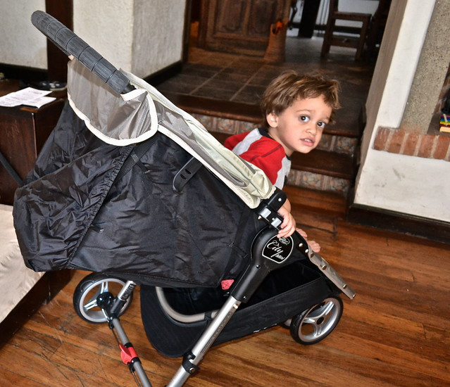 8587074864 a87cf3f17c z Quick Fold Stroller   Perfect for City Travel