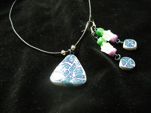 necklace and earrings together