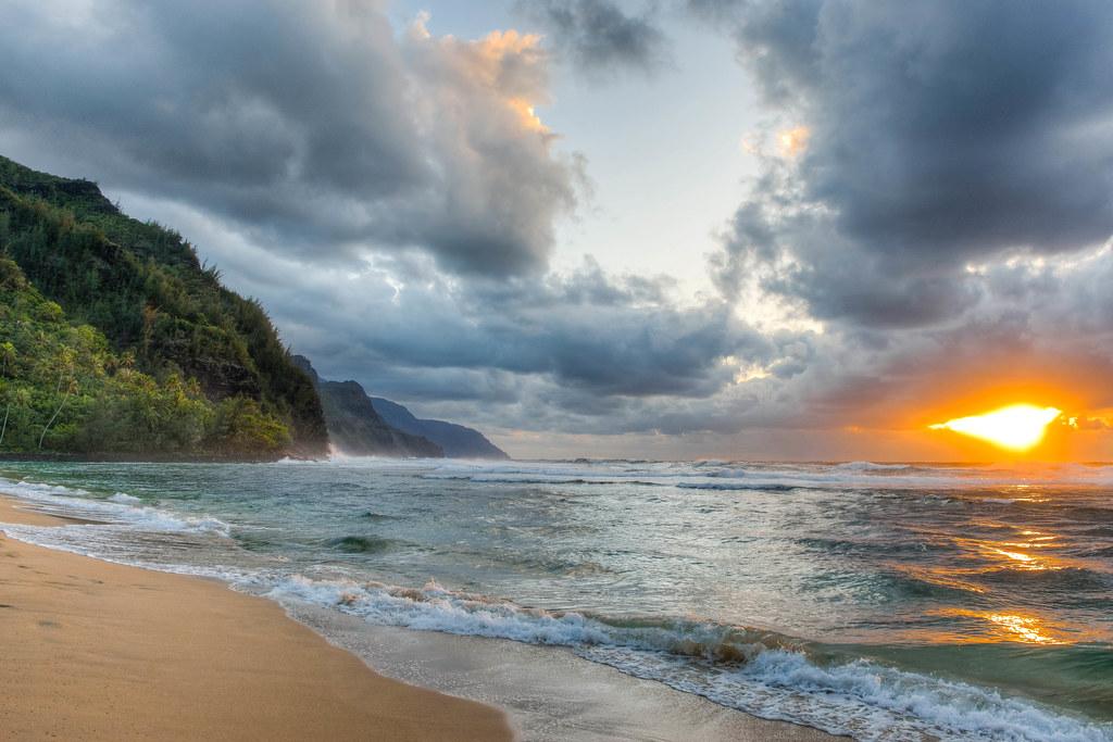 Hawaii - Magazine cover