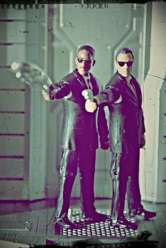 Agent J & Agent K_MIB