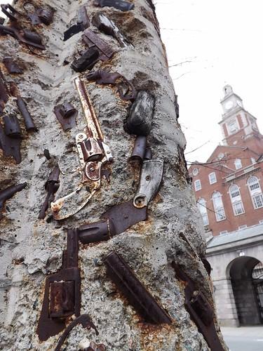 Gun totem by I {heart} Rhody
