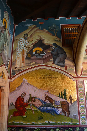Geköpfte und müde Heilige werden dargestellt