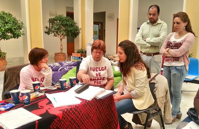 Marina Segura, parlamentaria andaluza, visita a AVAIN