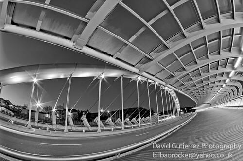 Lights and Curves by david gutierrez [ www.davidgutierrez.co.uk ]