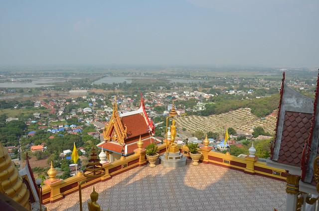 Nakhon Sawan.Le Temple Kiriwong.11