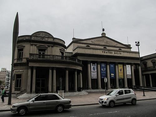 Montevideo: el Teatro Solis