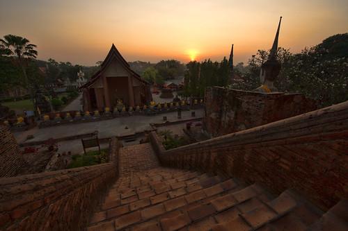 sky dog architecture sunrise temple dawn buddha culture step phranakhonsiayutthaya totallythailand
