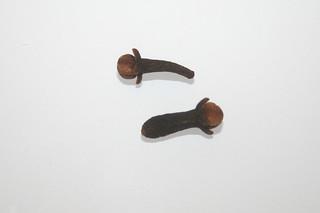 18 - Zutat Gewürznelken / Ingredient cloves
