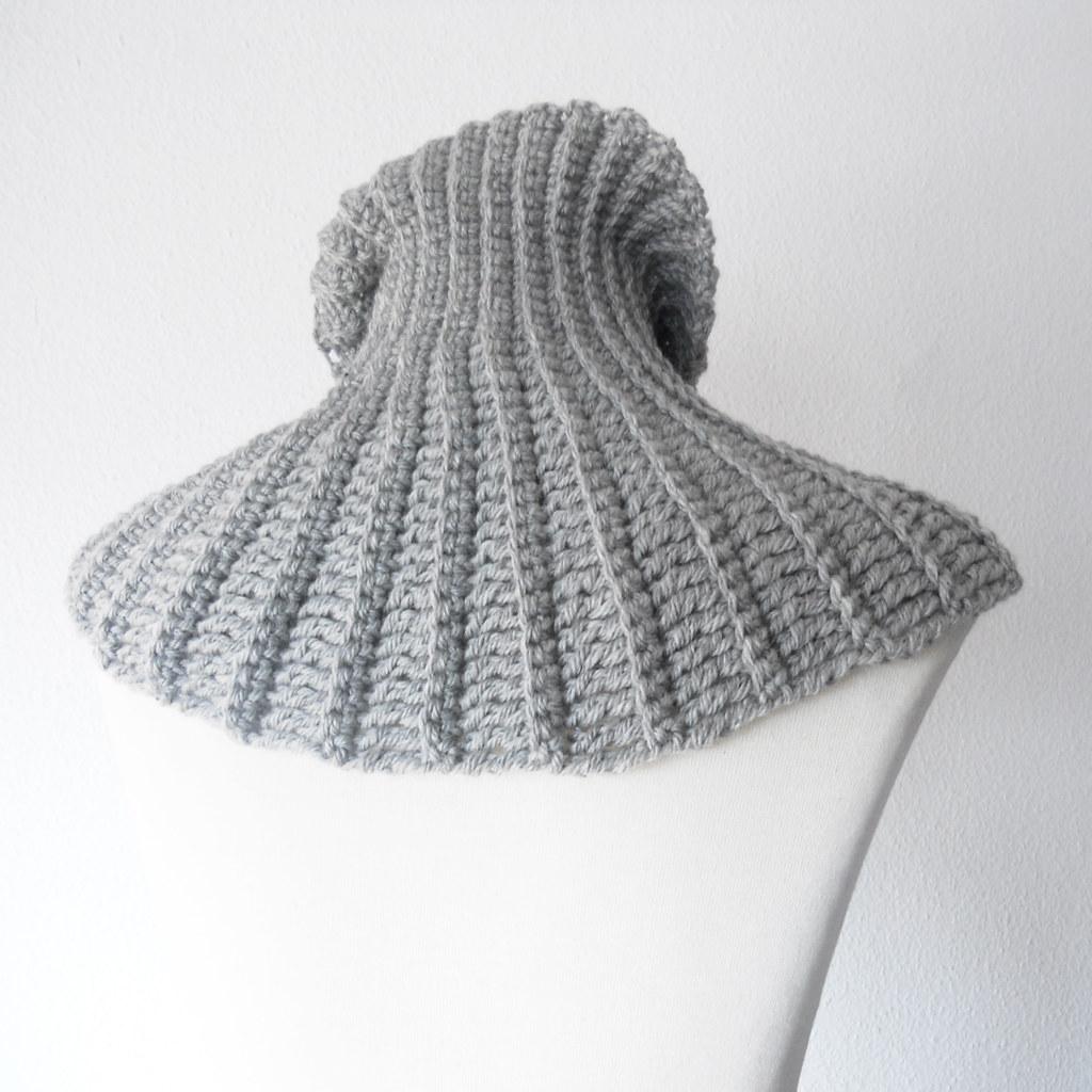 Cuello merino gris plata