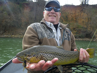 Ray with a very rare Lower Sacramento River Trophy Brown Trout