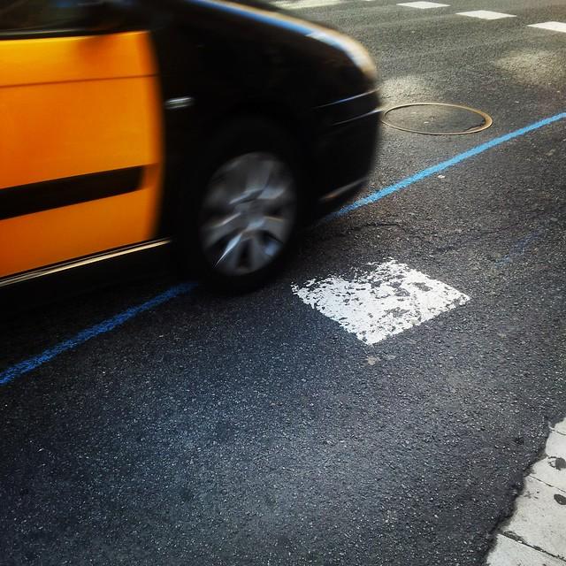 línia blava amb taxi