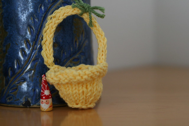 knit by lily - basket
