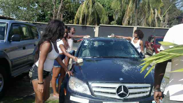 Juliet Ibrahim Foundation Divas Car wash (14)