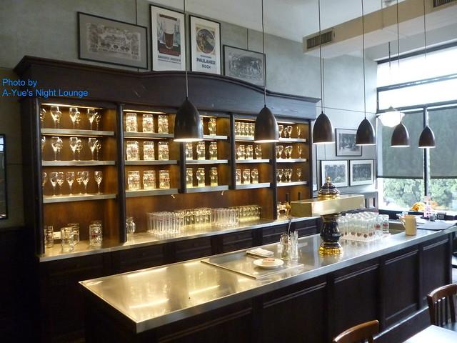 寶萊納啤酒餐廳 吧台