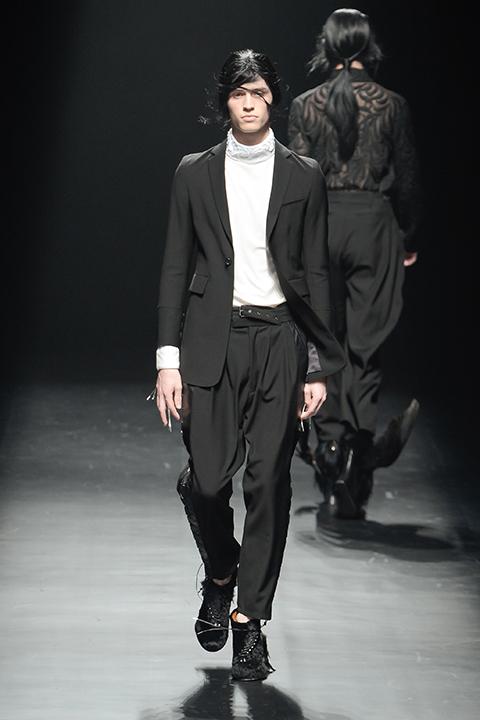 Taylor Cowan3066_FW13 Tokyo CHRISTIAN DADA(Fashion Press)