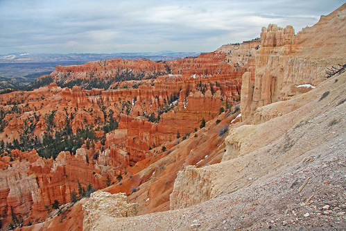 Bryce Canyon ......      Explore by minniemouseaunt