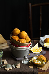 Arancini with lemon and pea
