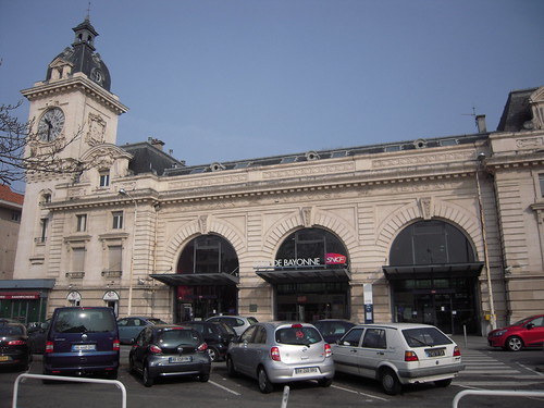 gare de bayonne estaci n de tren en bayona francia gu a de viaje tripwolf. Black Bedroom Furniture Sets. Home Design Ideas