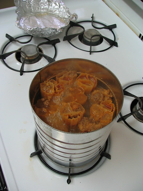 tamales cooking in can on stove flickr   photo sharing