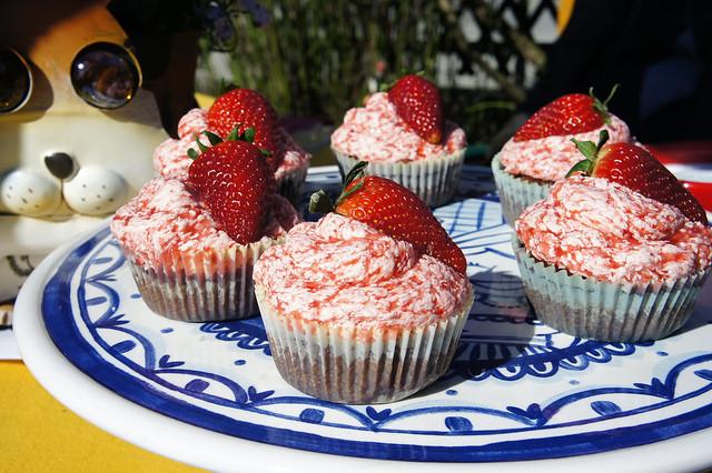 Erdbeer-Schoko Cupcakes
