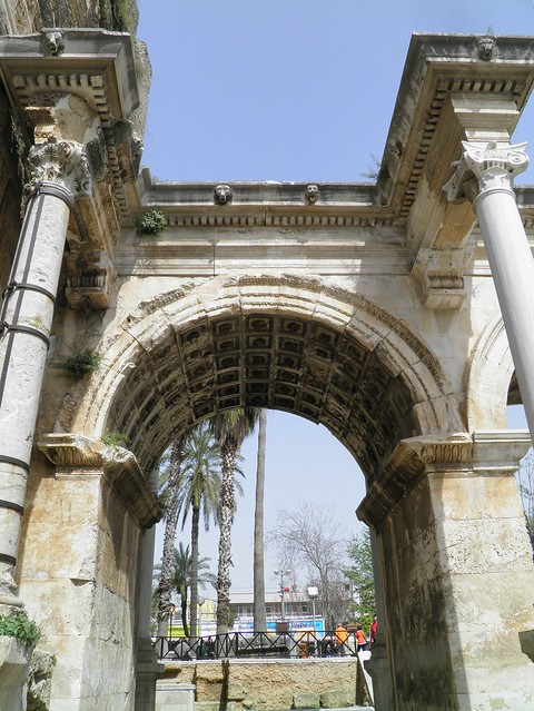 Hadrian's Gate, built in honor of the Roman emperor Hadrian, who visited Antalya in 130 AD, Antalya (Attaleia), Turkey